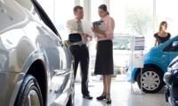 Ventas de autos en EU alcanzan máximo en 7 años en julio